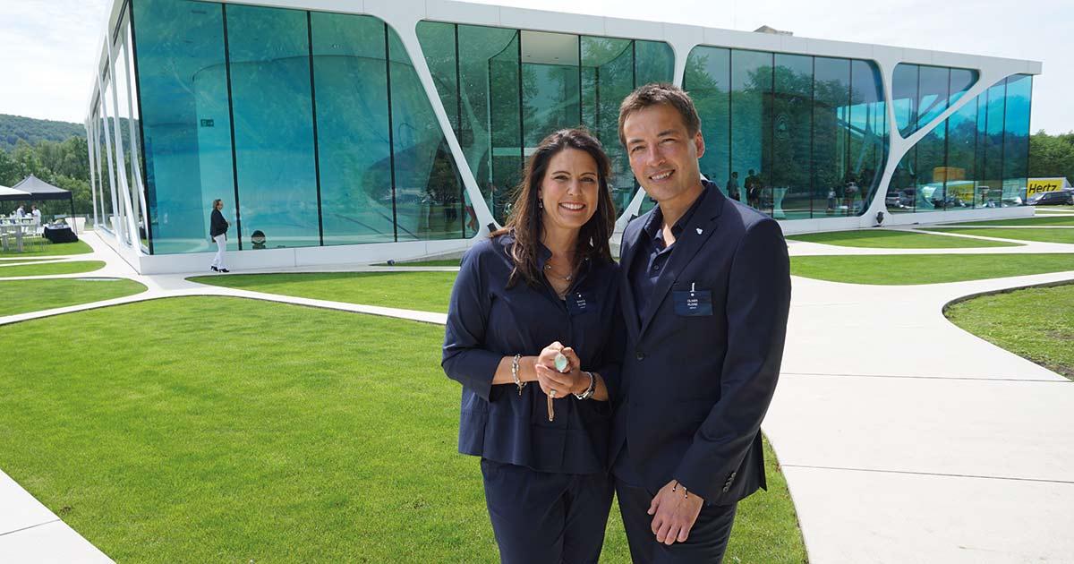 Bianca und Oliver Kleine konnten zum 10-Jahres-Jubiläum von Leonardo Schmuck zahlreiche Freunde und Partner der Marke begrüßen.
