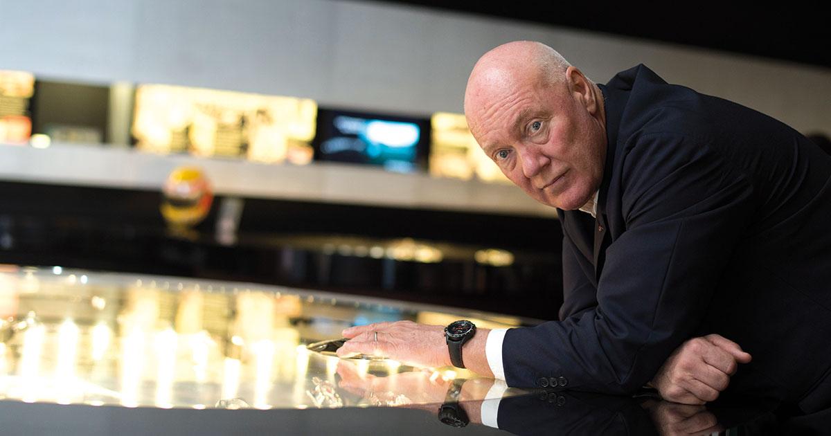 LVMH-Uhrenchef Jean-Claude Biver ermahnt Vertriebsfirmen, den Graumarkt nicht mit Zeitmessern von Hublot, Zenith und TAG Heuer zu beliefern. Wer es dennoch tut, riskiert einen Lieferstopp der Marken.