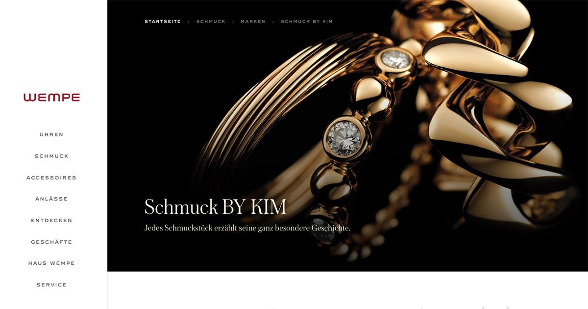 Ob auf der Homepage oder in den Magazinen – der Konsument erfährt viel über die Entstehung der Schmuckstücke und über Edelsteine.