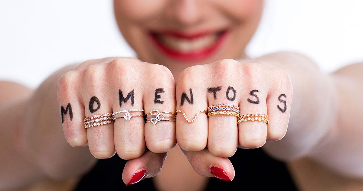 Die junge Marke Momentoss Bellissima überzeugt nicht nur mit hochwertigen Materialien, sondern auch mit coolen Modelbildern.