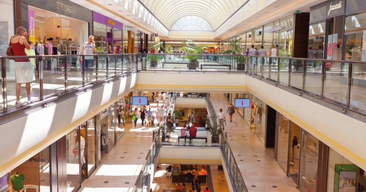 Gastronomie ist ein wichtiger Bestandteil im Shopping-Center. Das könnte auch jeder Einzelhändler beherzigen – eine kleine Kaffee- oder Sektbar im Geschäft und der Einkauf wird zum Erlebnis.