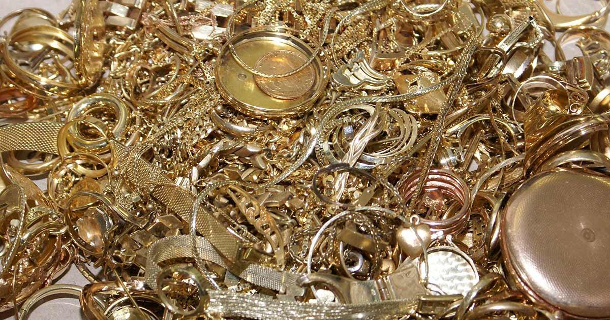 Altgoldankauf ist ein lohnendes Geschäft – sagt auch Birgitta Hafner von der Scheideanstalt C.Hafner.