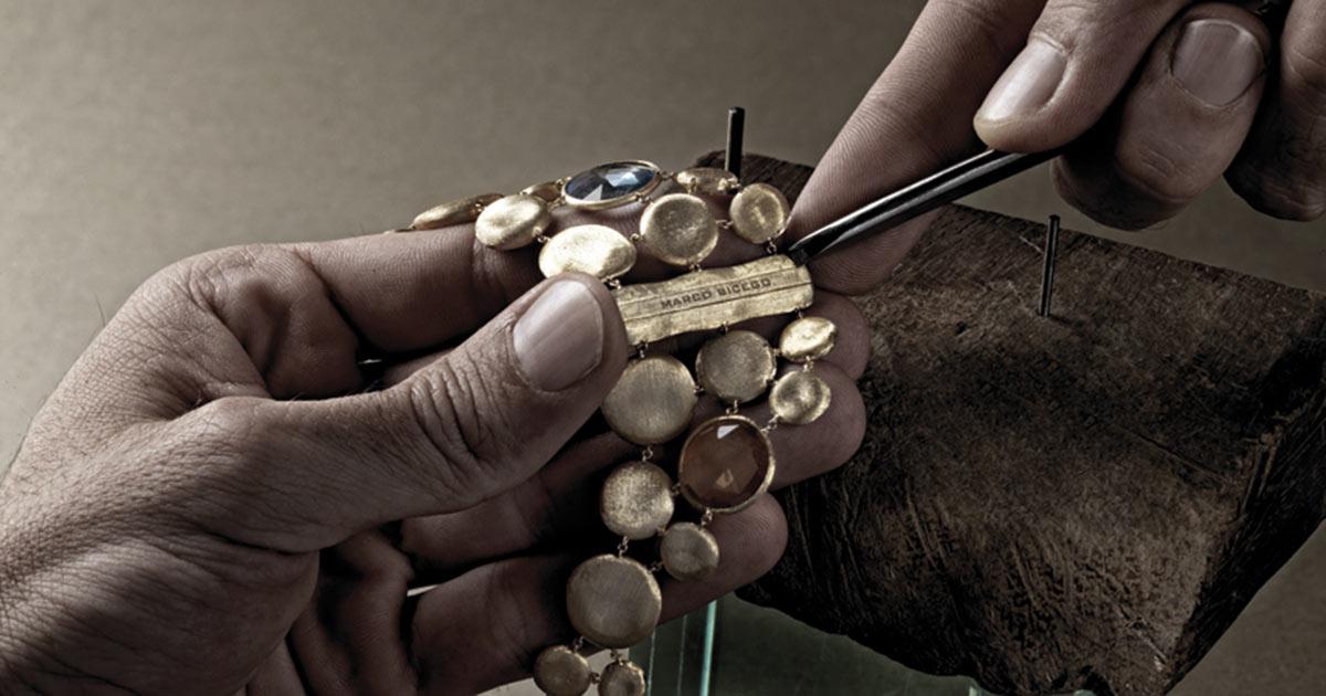 """Marco Bicego steht für feinste Goldschmiedekunst """"Made in Italy"""". In der Manufaktur entsteht Vieles in Handarbeit."""