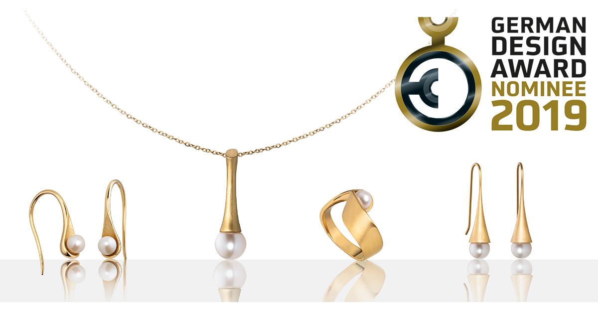 Feminine Süßwasserperlen treffen bei der für den German Design Award 2019 nominierten Ocean Collection von M&M Germany auf geradliniges, schlichtes Edelstahl-Design.