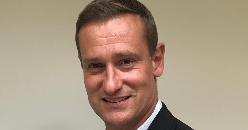 Hans Schmitt ist neuer CEO von Amor. Er kommt aus der Textilbranche und war zuletzt bei Diesel.