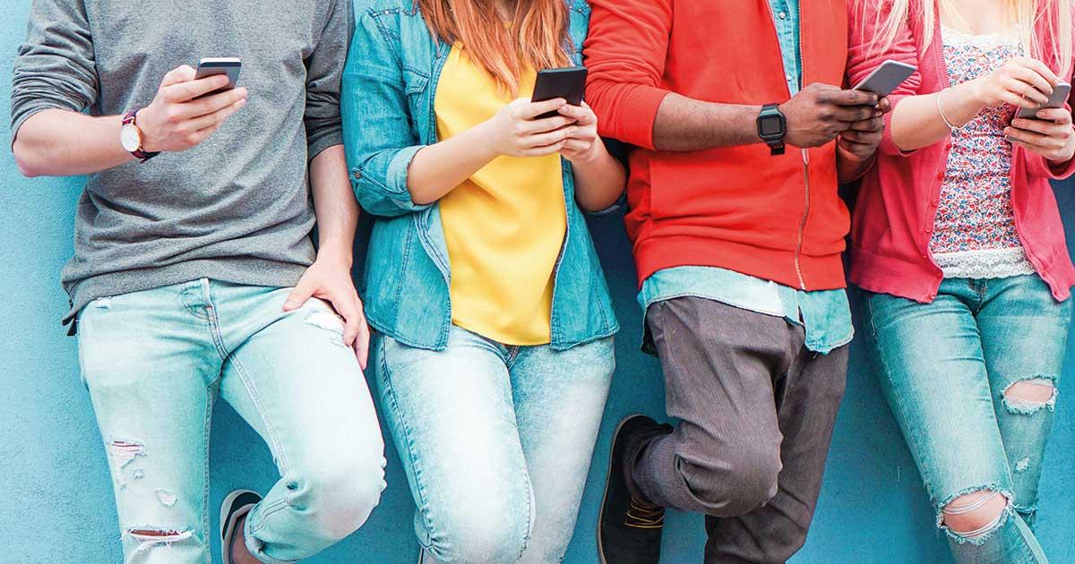 Wie glaubwürdig sind Influencer? Eine Studie hat es herausgefunden. | © DisobeyArt, Shutterstock