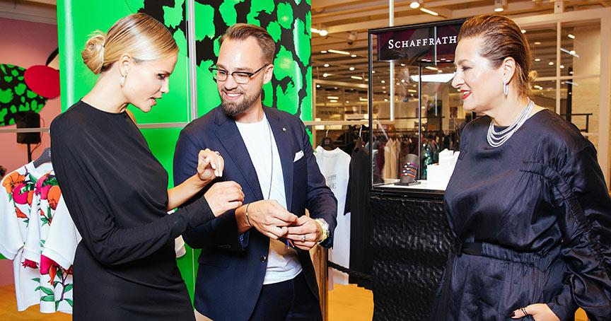 """Passt zur Vogue: Christian Schaffrath hat seine neue Kollektion """"Colortaire"""" auf der Moskauer Vogue-Night präsentiert."""