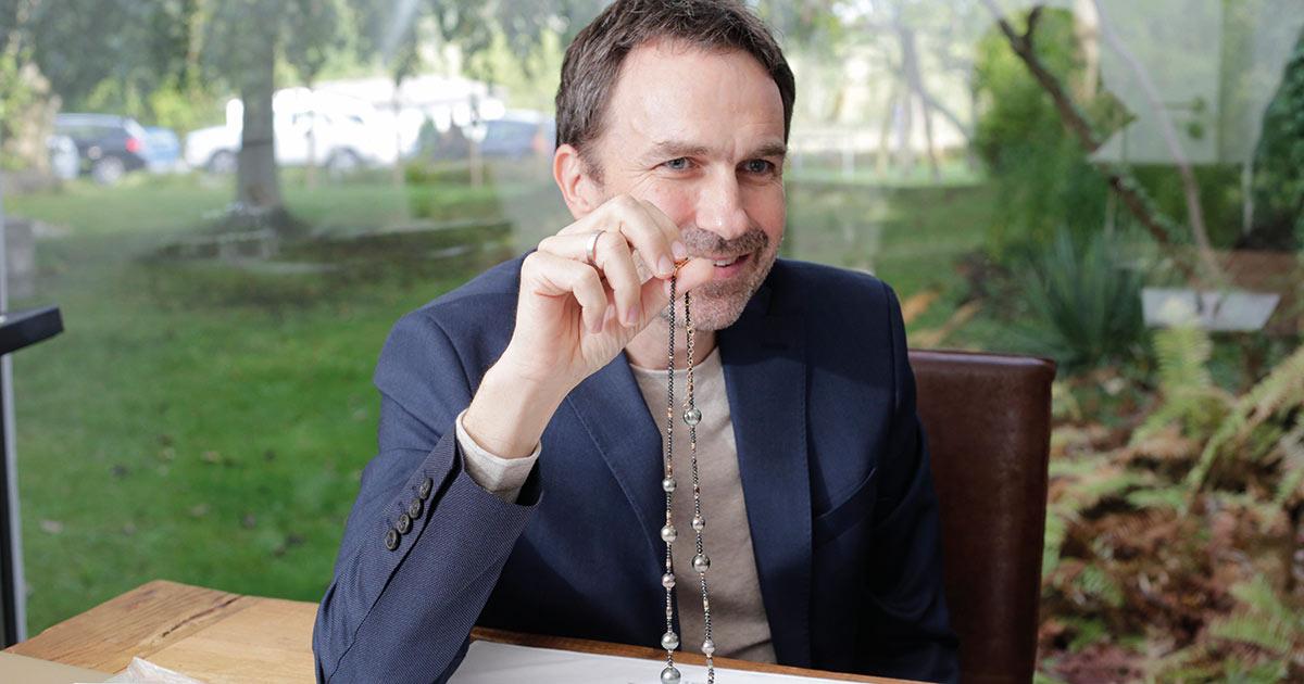 Jörg Gellner begeistert mit seiner Leidenschaft für Perlen.