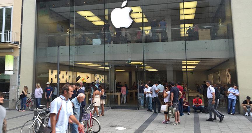 Der Absatz von Apple iPhones in China sank dramatisch.