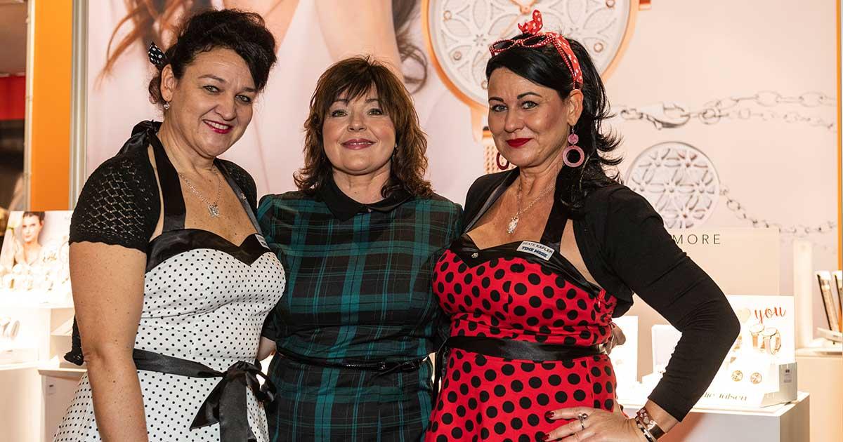 Die drei Damen warfen sich für den 50er Jahre Thementag der Time Mode, auf der Inhorgenta, in Schale.