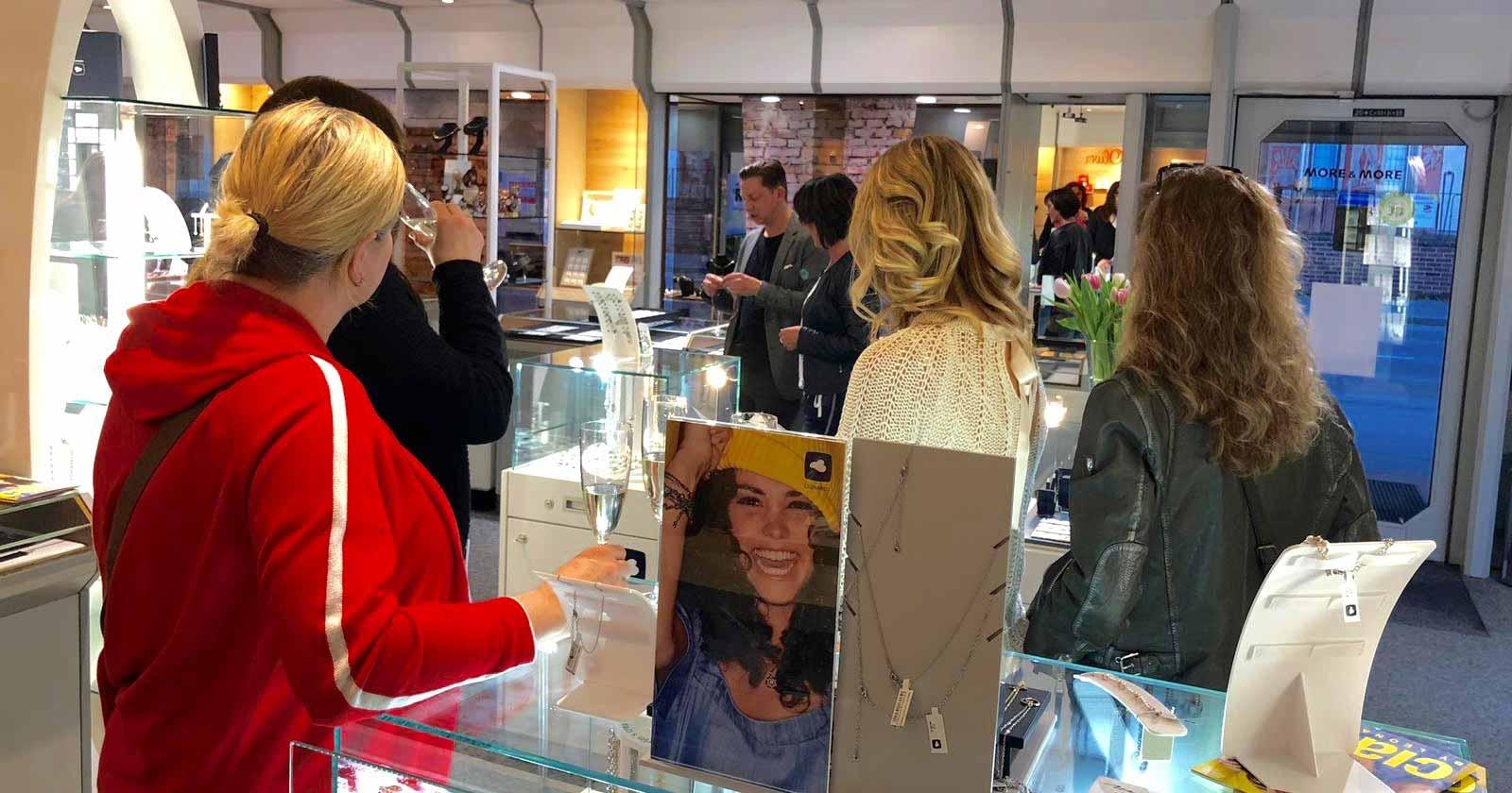 Der VIP-Abend mit Leonardo bei Juwelier Weiß in Peißenberg (Bayern) war ein voller Erfolg.