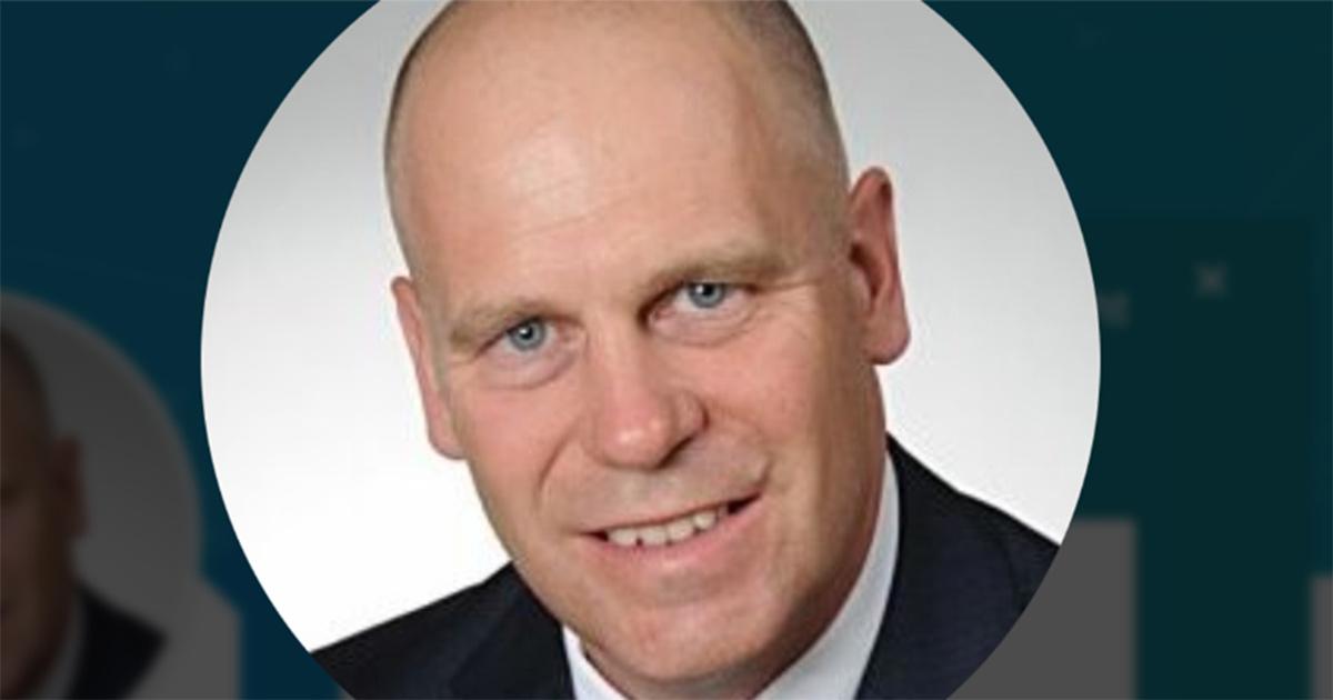 Warum Matthias Heimberg das Unternehmen verließ, ist nicht bekannt.