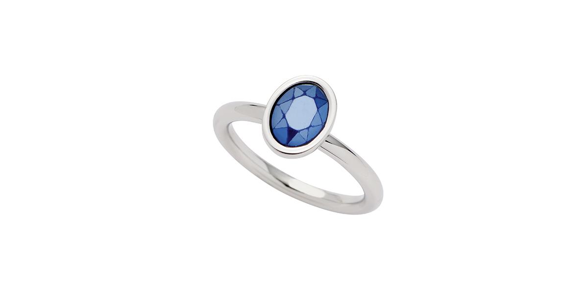Schlicht und schön ist dieser Ring für 34,95 Euro VK.