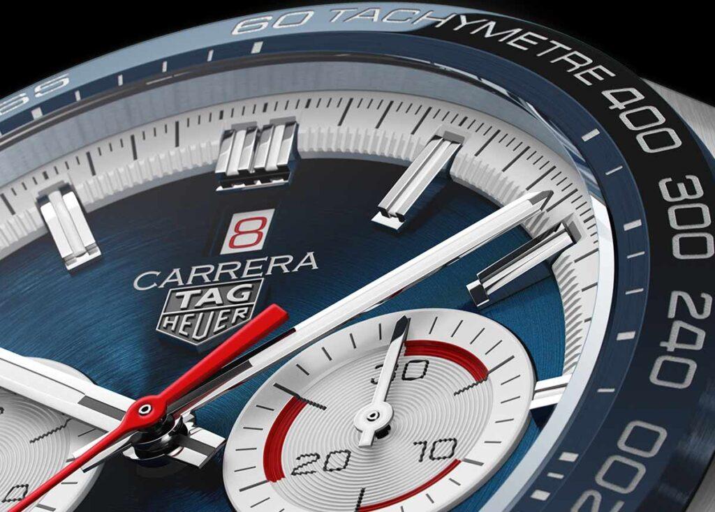 Die zweite Version der TAG Heuer Carrera Sport Chronograph 160 Years Special Edition gibt es mit blauem Zifferblatt.