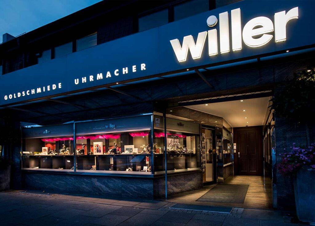 Klare Aussage: Das Geschäft von Juwelier Willer in Hamburg.