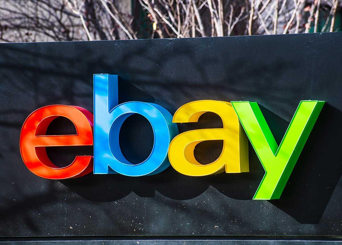 EBay stellt einen neuen Ankaufservice für Luxusuhren vor. (Credit: Sundry Photography / Shutterstock.com)