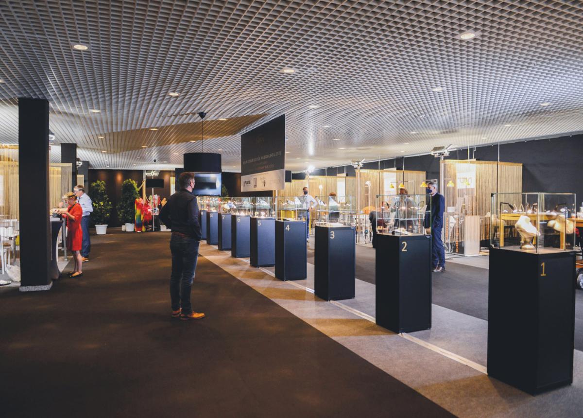 Die Schmuckkreationen der Nominierten können während der Messe in der Design Area bewundert werden.