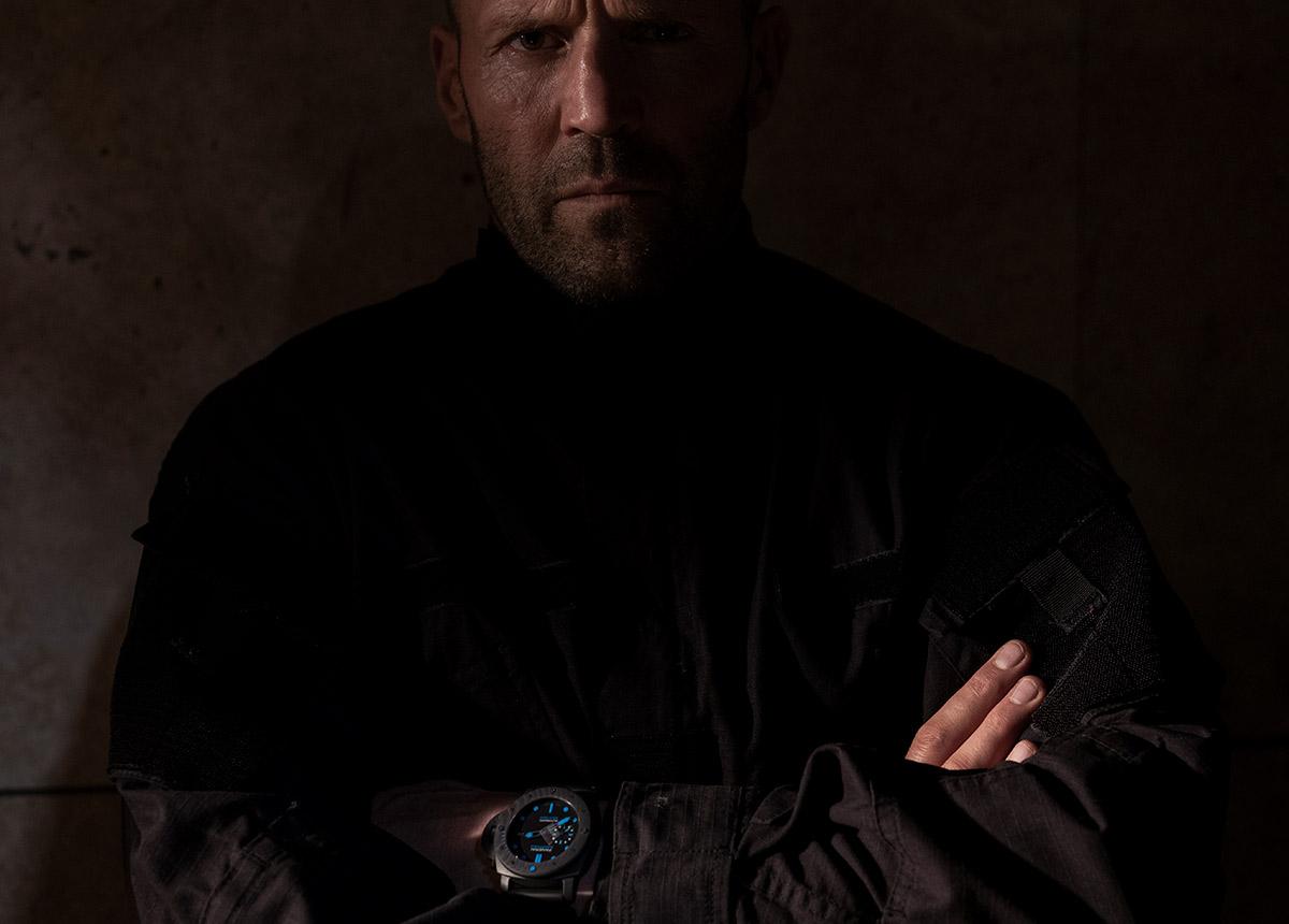 """Jason Statham mit Panerai-Zeitmesser in """"Five Eyes""""."""