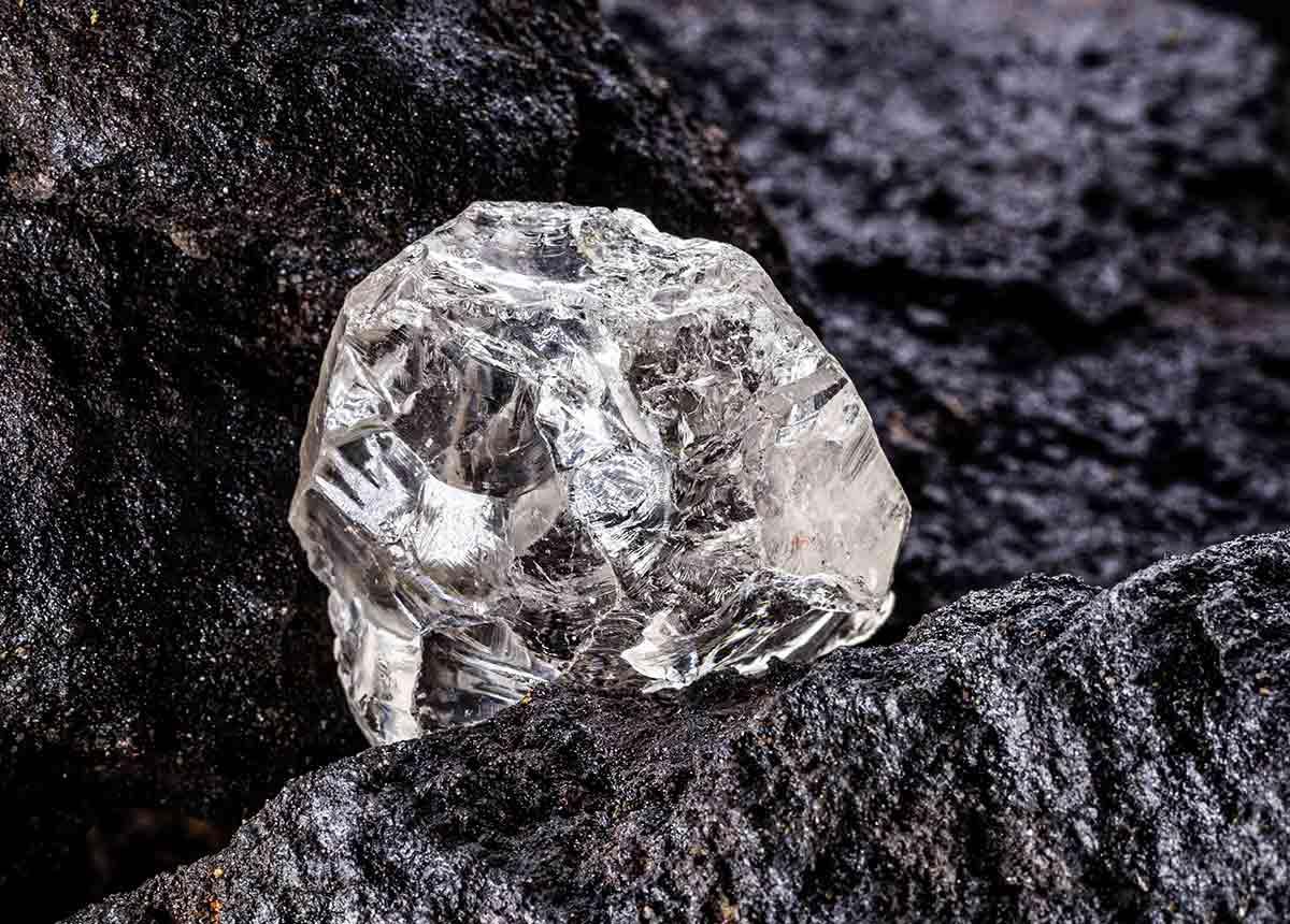 Nach dem Corona-Schock sind die edlen Steine wieder gefragt. (Credit: RHJPhtotoandilustration / Shutterstock.com)