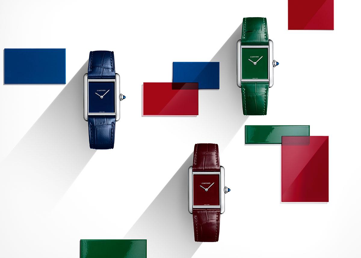 Die neue Tank Must ist in unverkennbaren Cartier-Farben erhältlich.