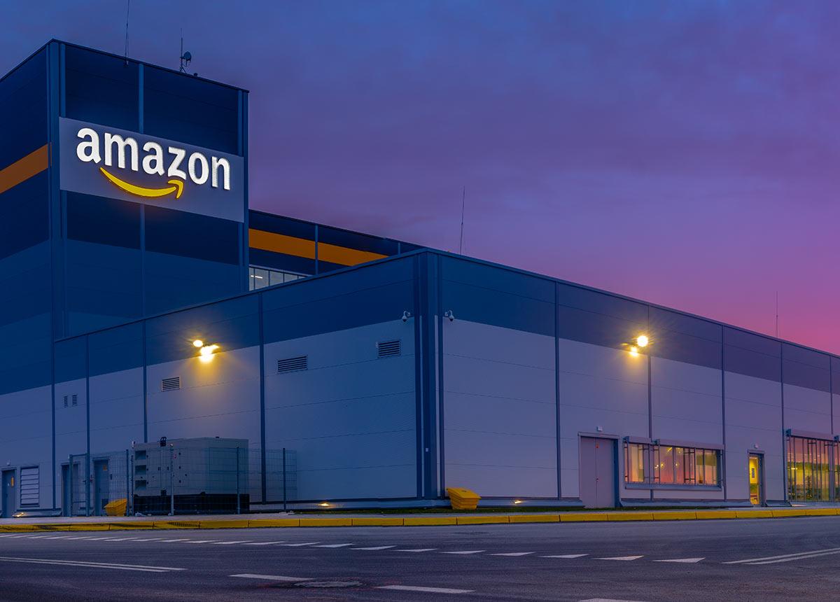 Der Großteil der Amazon Marktplatzhändler ist äußerst unzufrieden mit Amazon. (Credit: Mike Mareen / Shutterstock.com)