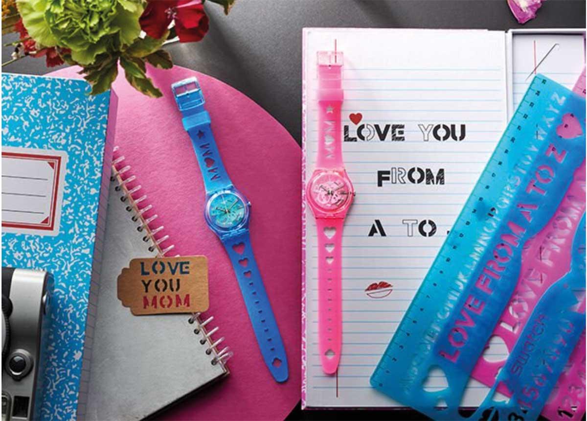 Die Uhren LOVE WITH ALL THE ALPHABET und LOVE FROM A TO Z sind ab sofort erhältlich.