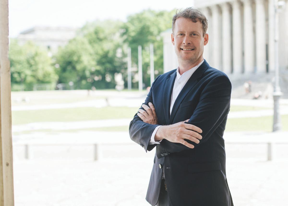 """Christoph Keilmann: """"Die AEON gibt es, weil wir alle zurück ins Leben wollen. Zurück ins Business. Und weil wir Schmuck und Uhren wieder erlebbar machen wollen."""""""