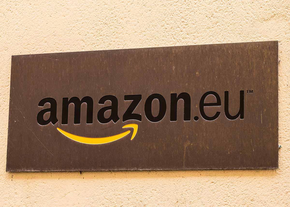 Amazon hat mehr Einnahmen in Deutschland als in jedem anderen Land außerhalb der USA. (Credit: Alexander Oganezov / Shutterstock.com)