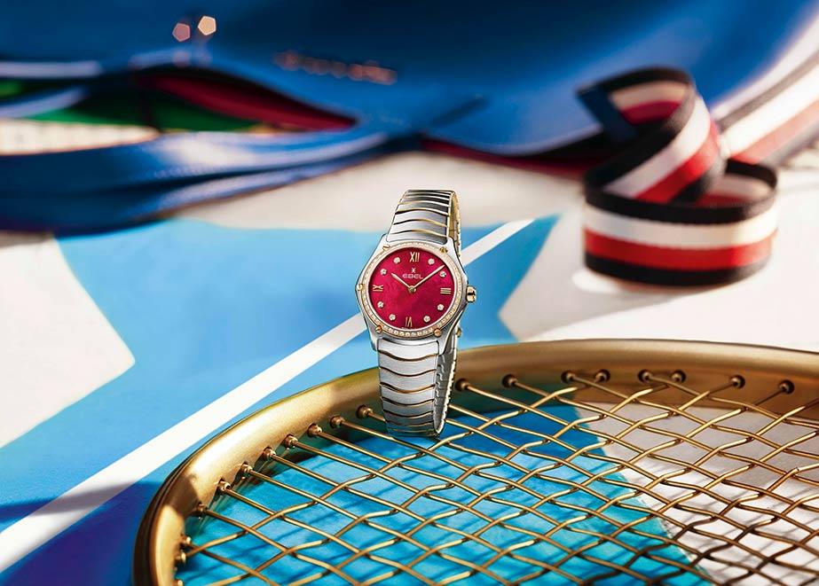 EBEL kehrt zurück zum Tennis mit der EBEL Sport Classic Lady red.