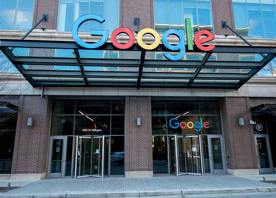 Google wird demnächst in New York seinen ersten eigenen Store eröffnen, unter anderem mit Click & Collect und Service. Foto: Shutterstock.com/Chicago Photographer