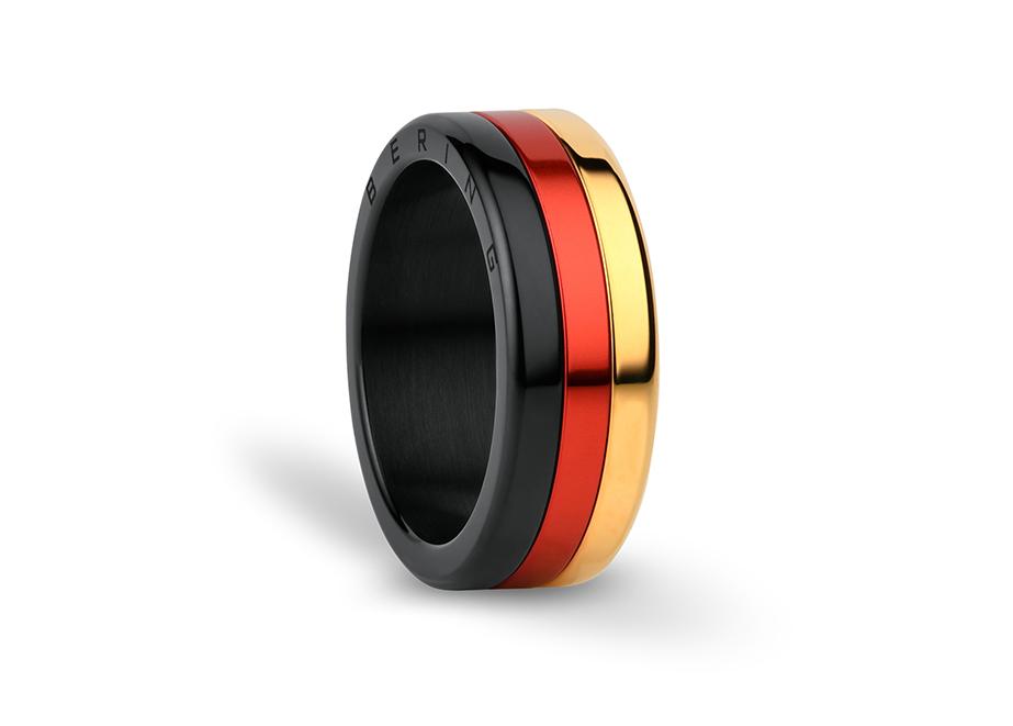 Der EM-Ring: Nicht nur für Fußball-Fans ein schöner Hingucker.