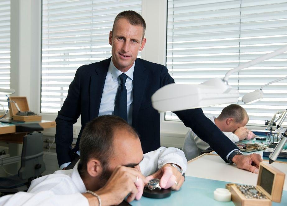 Aktuell soll Patrick Pruniaux, der Chef der beiden Uhrenmarken Ulysse Nardin und Girard-Perregaux, ein Management-Buy-Out planen.